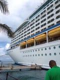 Navio de cruzeiros em Bermuda Imagem de Stock Royalty Free
