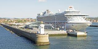Navio de cruzeiros em Bilbao Foto de Stock