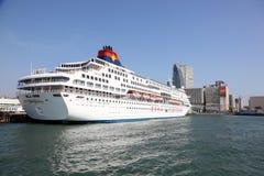 Navio de cruzeiros em Hong Kong imagem de stock
