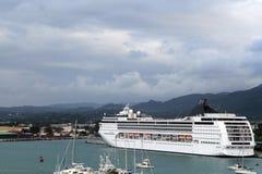 Navio de cruzeiros em Montego Bay, Jamaica Fotografia de Stock