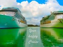 Navio de cruzeiros na opinião lateral de água aberta imagem de stock royalty free