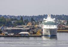 Navio de cruzeiros na porta comercial em Washington Imagens de Stock