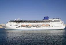 Navio de cruzeiros na porta de Malta foto de stock