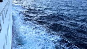 Navio de cruzeiros no mar vídeos de arquivo