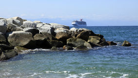 Navio de cruzeiros que chega em Puerto Vallarta Imagens de Stock