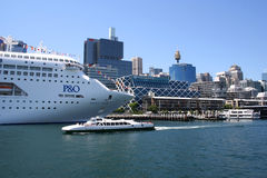 Navio de cruzeiros, Sydney, Austrália Imagem de Stock Royalty Free