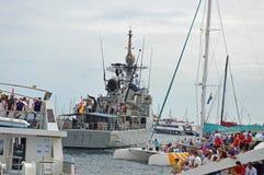 Navio de guerra em um doce Fotografia de Stock Royalty Free