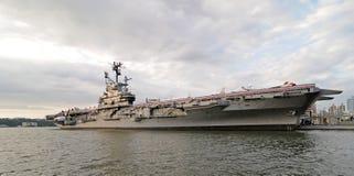 Navio de guerra intrépido de USS Imagem de Stock Royalty Free