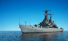 Navio de guerra moderno americano no oceano Fotografia de Stock Royalty Free