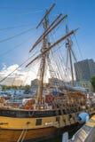 Navio de navigação em Hobart Harbour fotos de stock royalty free
