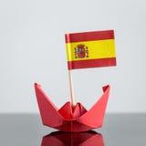 Navio de papel com bandeira espanhola Imagem de Stock Royalty Free