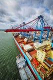 Navio de recipiente no porto Imagens de Stock