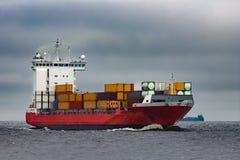 Navio de recipiente vermelho da carga Imagens de Stock