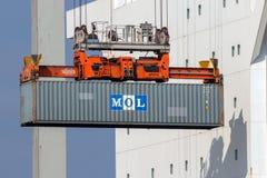 Navio do guindaste do porto de transporte do recipiente Fotografia de Stock