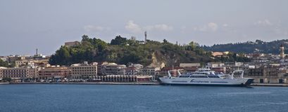 Navio luxuoso em Grécia fotografia de stock royalty free