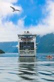 Navio no fiorde de Geiranger - Noruega Fotos de Stock