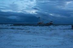 Navio no mar Imagens de Stock Royalty Free