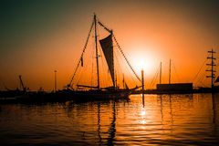 Navio no por do sol fotografia de stock