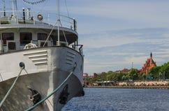 Navio no rio Imagem de Stock
