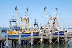 Navios amarrados da pesca Fotos de Stock Royalty Free