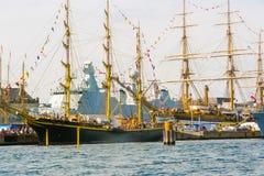 Navios antigos no porto de Copenhaga imagens de stock royalty free