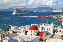 Navios de cruzeiros de Mykanos Imagens de Stock Royalty Free