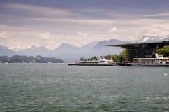 Navios do cruzador no lago lucerne, Suíça Fotografia de Stock Royalty Free