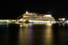 Navios e forros bonitos do cruzeiro Imagens de Stock Royalty Free