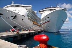 Navios na porta Imagem de Stock