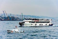 Navios no mar de Marmara Imagens de Stock Royalty Free