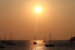Navios no por do sol Fotos de Stock