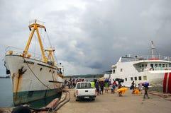 Navios no porto Imagens de Stock Royalty Free