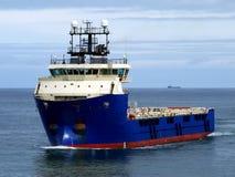 Navire en mer J2 d'approvisionnement image libre de droits