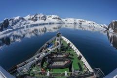 Navire polaire de recherches - baie de paradis - l'Antarctique Images libres de droits