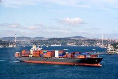 Navire porte-conteneurs de cargaison Photographie stock