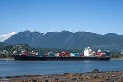 Navire porte-conteneurs de cargaison Photo stock