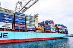Navire porte-conteneurs de groupe de Maersk Photographie stock libre de droits