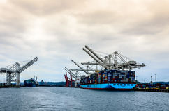 Navire porte-conteneurs de groupe de Maersk Photo libre de droits