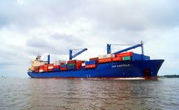 Navire porte-conteneurs entrant dans Carthagène photo stock