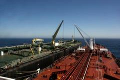 Navire-navire Procédure de transfert photos libres de droits