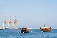 Navires classiques dans Muscat, Oman Photo libre de droits