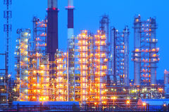 navodari night oil refinery romania Βιομηχανική επιχείρηση Στοκ Φωτογραφία