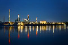 navodari night oil refinery romania Στοκ Φωτογραφίες