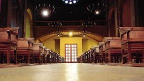 Nawa i ławki w kościół podczas masy obrazy royalty free