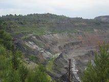 Nawierzchniowy ironstone kopalnictwo (jama łup) Zdjęcia Stock