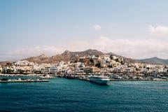 Naxos ö från havet Royaltyfri Bild