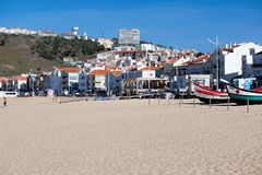 Nazare, Portugal - 5 novembre 2017 : vieil OE traditionnel coloré Photos stock