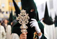 Nazarene de Triana, Pascua en Sevilla, Andalucía, España Imagenes de archivo