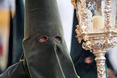 Nazarene de Triana, semana santa en Sevilla, Andalucía, España Imagenes de archivo
