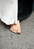 Nazarene descalzo, semana santa en Sevilla, Andalucía, España Foto de archivo